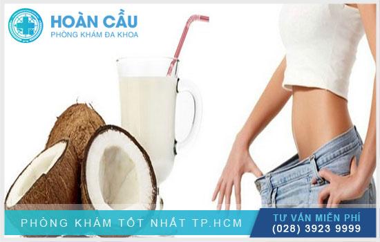 Nước dừa hỗ trợ cho quá trình giảm cân